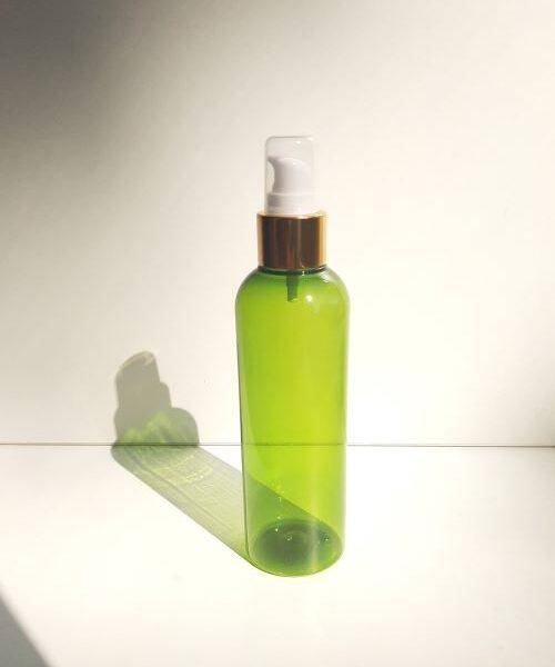 200 ml roheline pudel väikese pumbaga